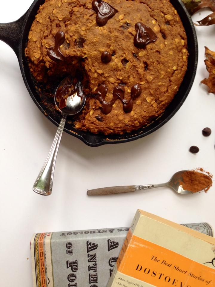 Pumpkin Chocolate Chip Skillet Cookie | Whisk and Shout