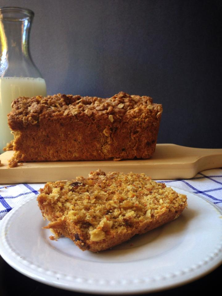 Healthy Carrot Raisin Bread with Cinnamon Oat Streusel | Whisk and ...