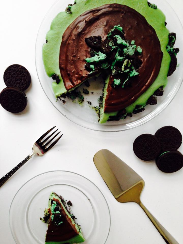 Vegan Grasshopper Oreo Cheesecake | Whisk and Shout