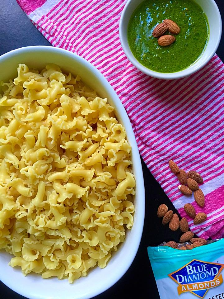 Garlicky Spinach Almond Pesto Pasta   Whisk and Shout