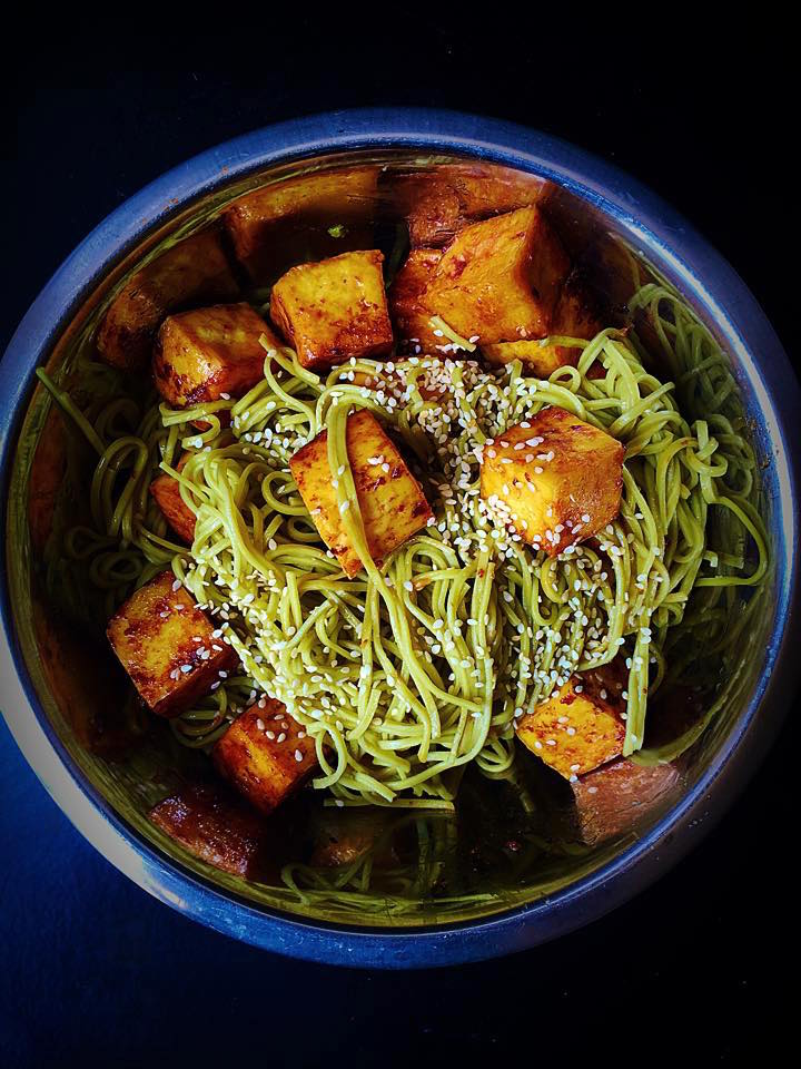 Green Tea Sesame Soba Noodles with Stir Fried Tofu | Whisk and Shout