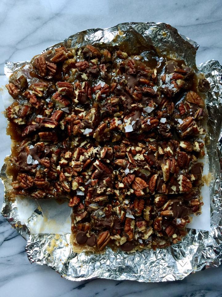 Vegan Gooey Salted-Caramel Pecan Turtle Bars - Whisk & Shout