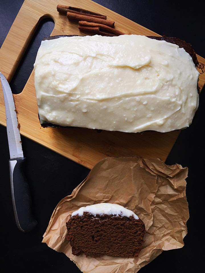 {Vegan} Spiced Gingerbread with Cream Cheese Frosting | Whisk and Shout