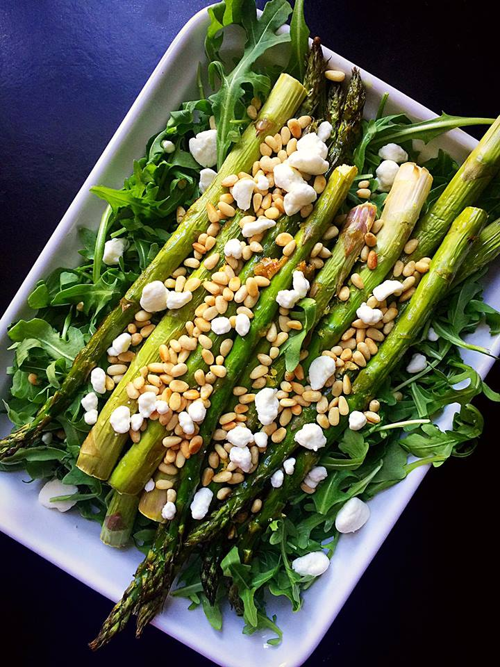 Roasted Asparagus and Arugula Salad with Grapefruit Vinaigrette | Whisk and Shout