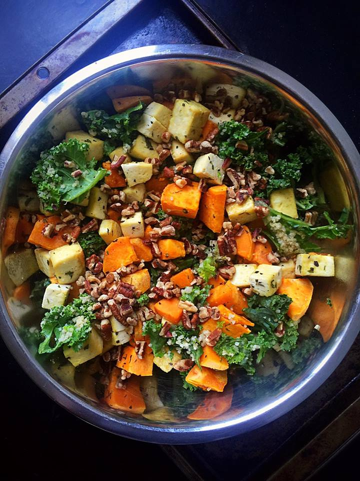 {Vegan} Autumn Superfood Kale Salad | Whisk and Shout