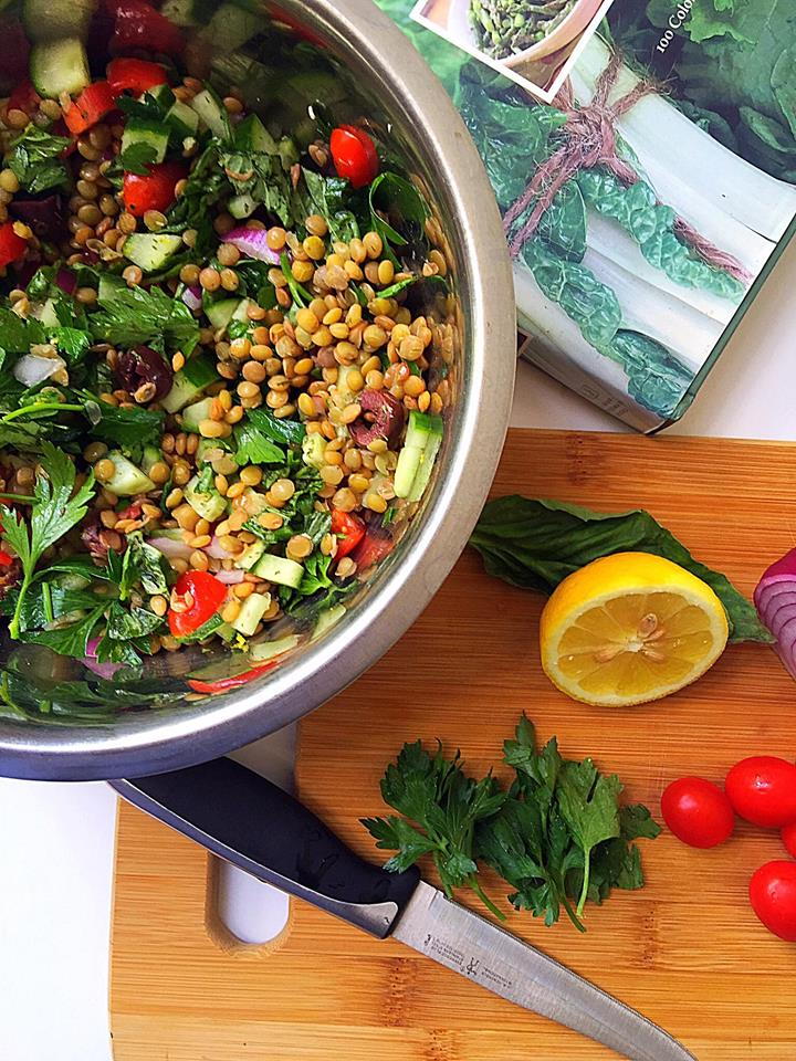 Mediterranean Lentil Salad {Vegan + GF} | Whisk and Shout