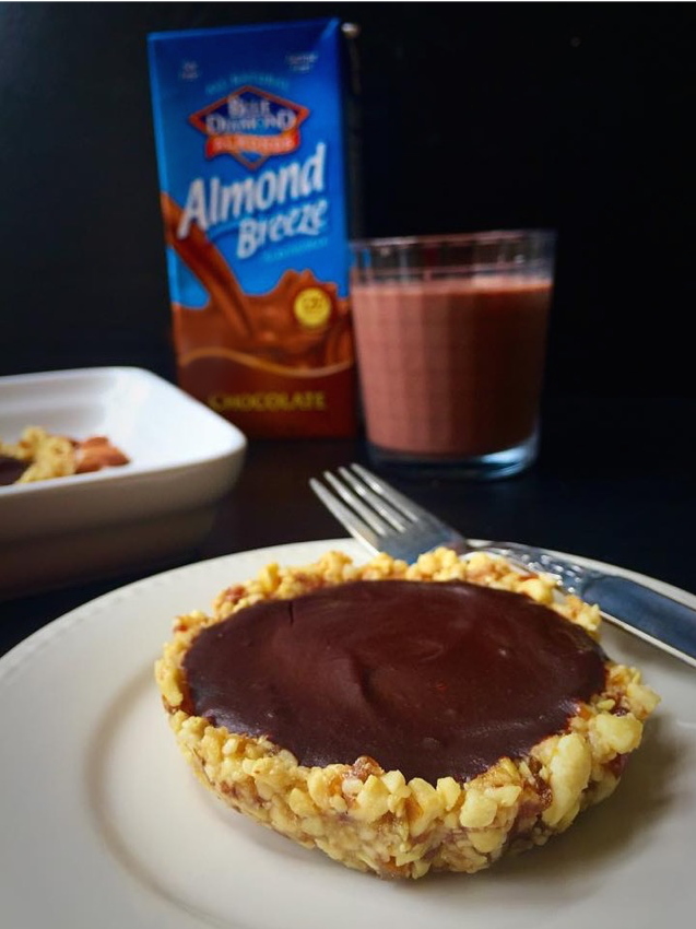 5-Ingredient No-Bake Chocolate Almond Tarts {Vegan + GF} #ad| Whisk and Shout